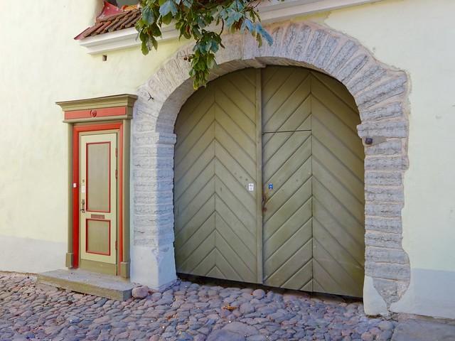 Porte cochère, Tallinn