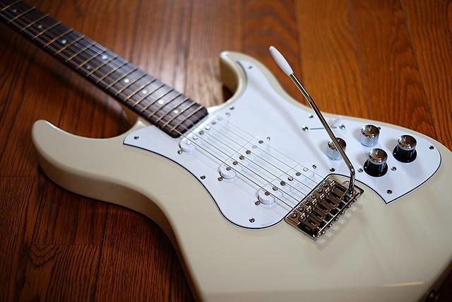 Line 6 『Variax® Standard』 - Yamaha