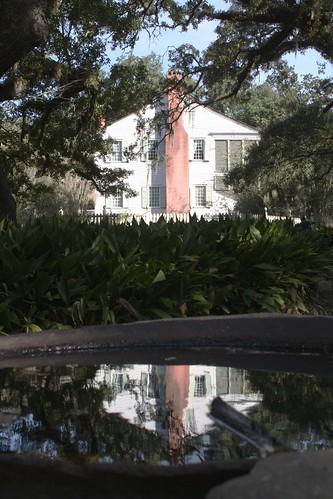 chimney west reflection public water st louisiana plantation oakley lps francisville 2015 tjean314 johnhanley feliciana allphotoscopy20052015johnhanleyallrightsreservedcontactforpermissiontouse allphotoscopy20052016johnhanleyallrightsreservedcontactforpermissiontouse