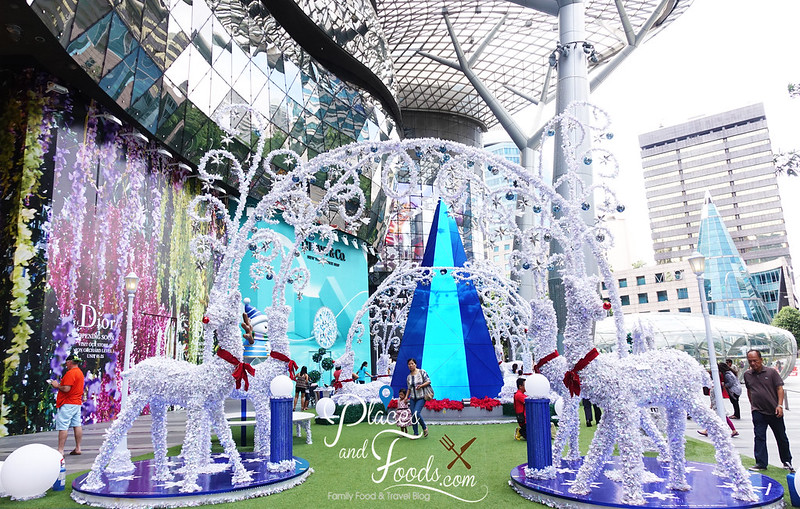 orchard road ion orchard christmas deers
