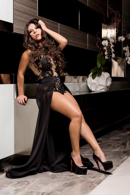 Model - Fraiolis Photo