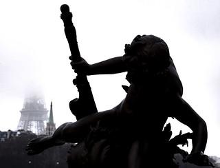 Image of Pont Alexandre III. paris pontalexandreiii eiffel toureiffel eiffeltower eiffeltårnet eiffeltornet eiffelturm iledefrance france frankreich frankrike frankrig giåm guillaumebavière
