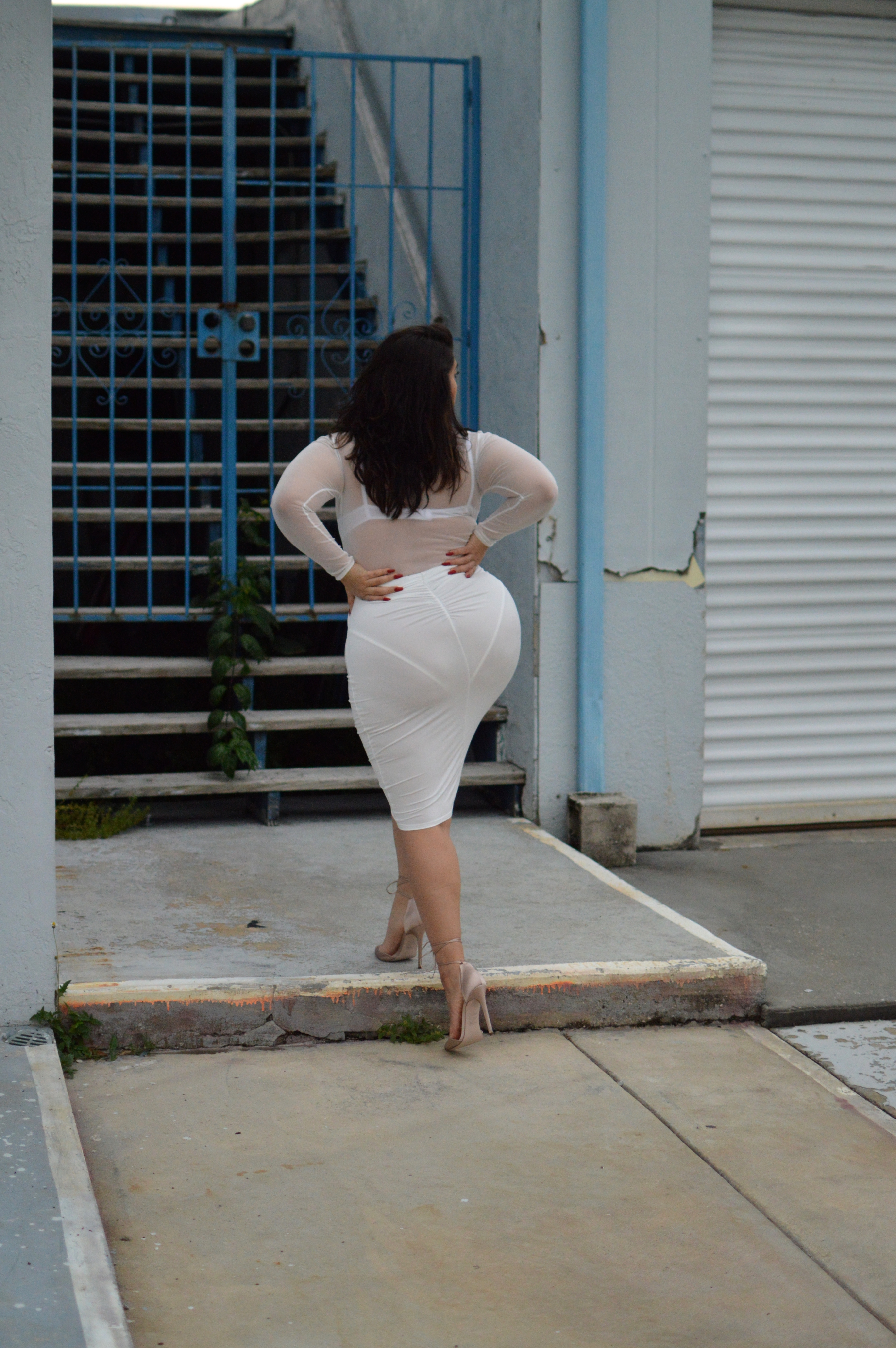 nadia white skirt