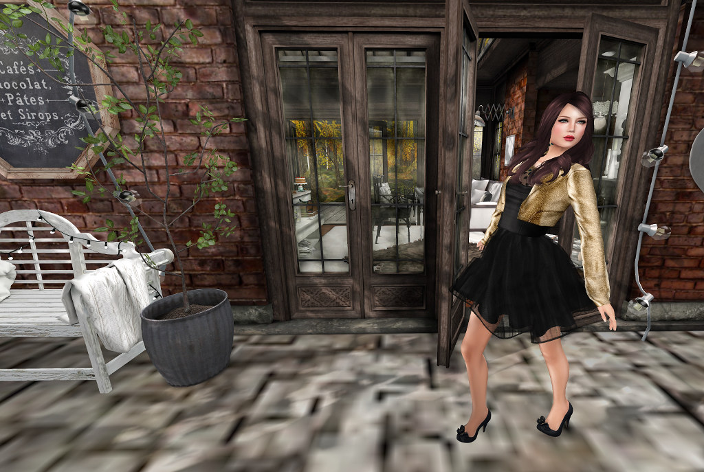 The Secret Store - Blogger Search - Caroline Apollo
