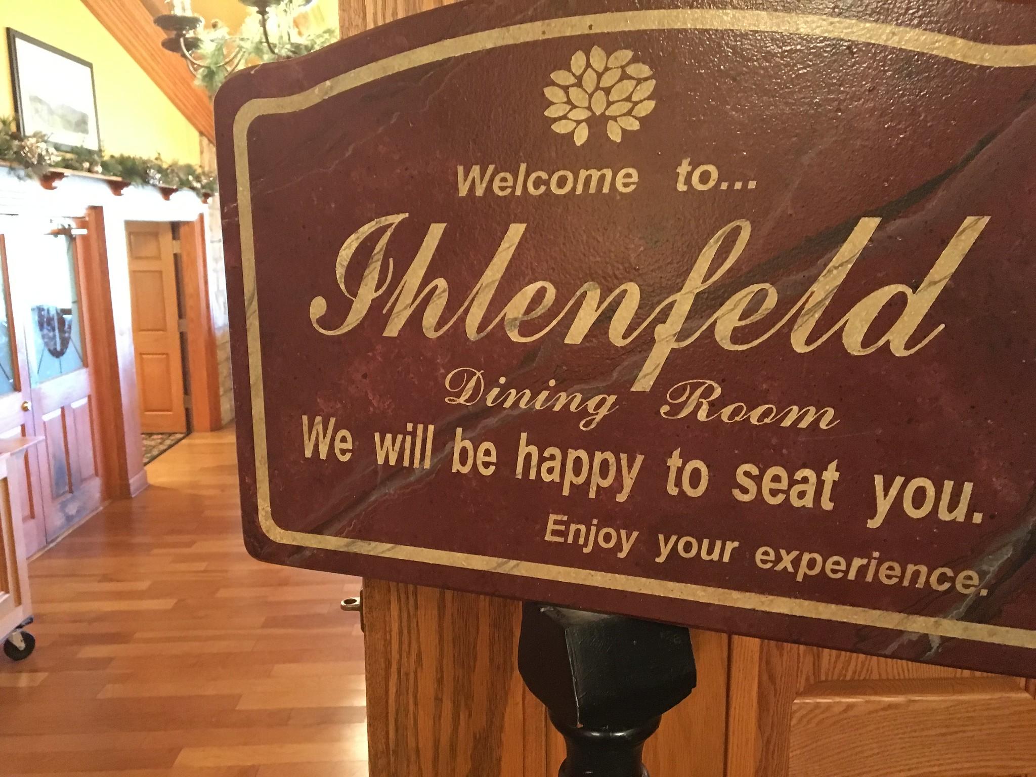 Candace Lately: Wheeling Edition: Ihlenfeld Dining Room at Oglebay ...