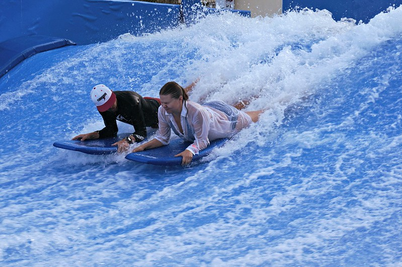 Flowrider in Florida - Margaritaville Hollywood