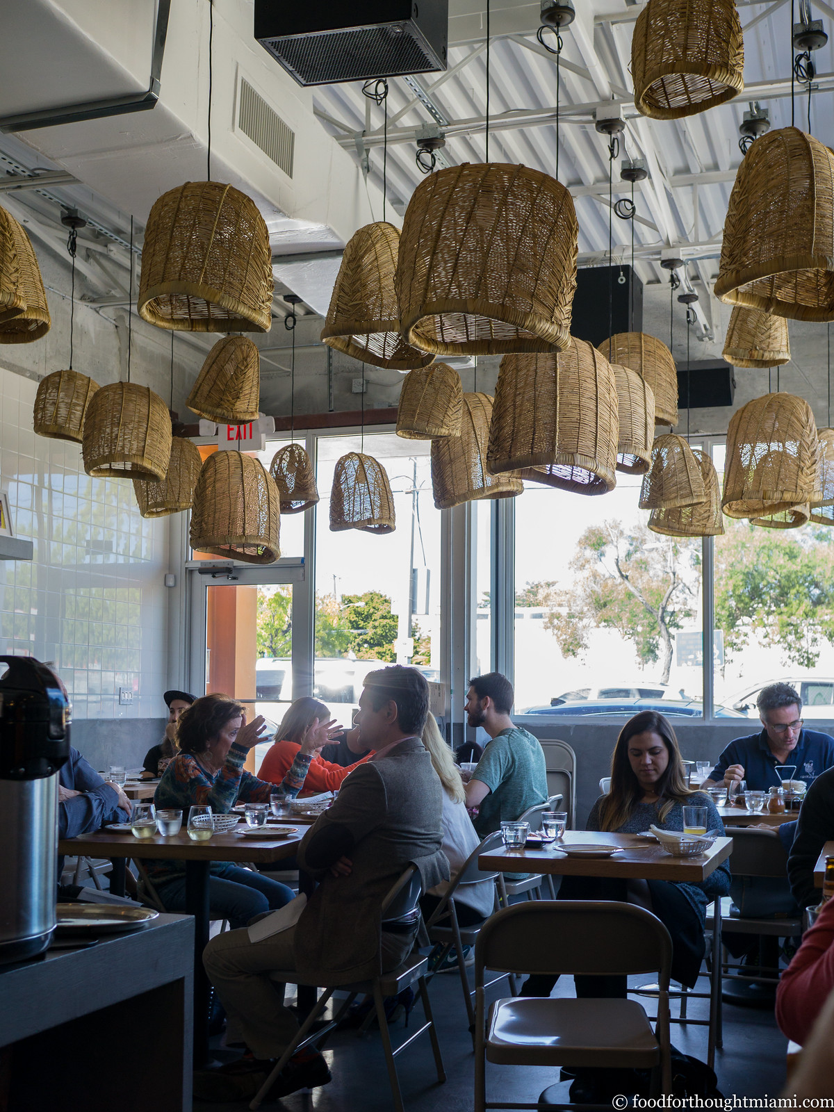 Wynwood Dining Room Furniture: A Miami Food Blog: First Thoughts: Cake