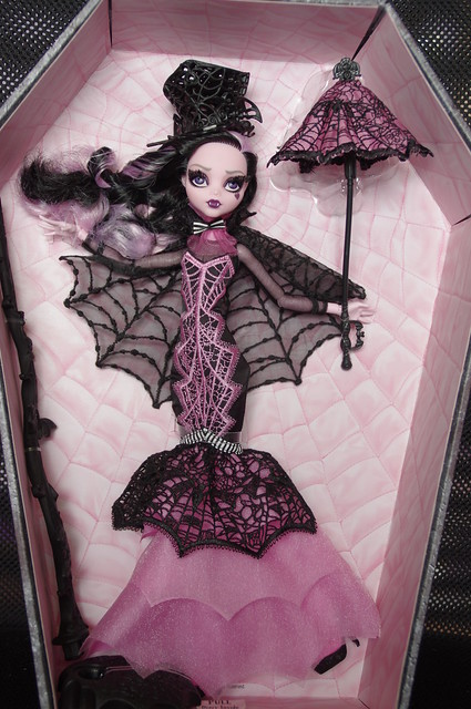 Les Monster High de Cendrine  - Page 2 21120211541_149dd3882d_z