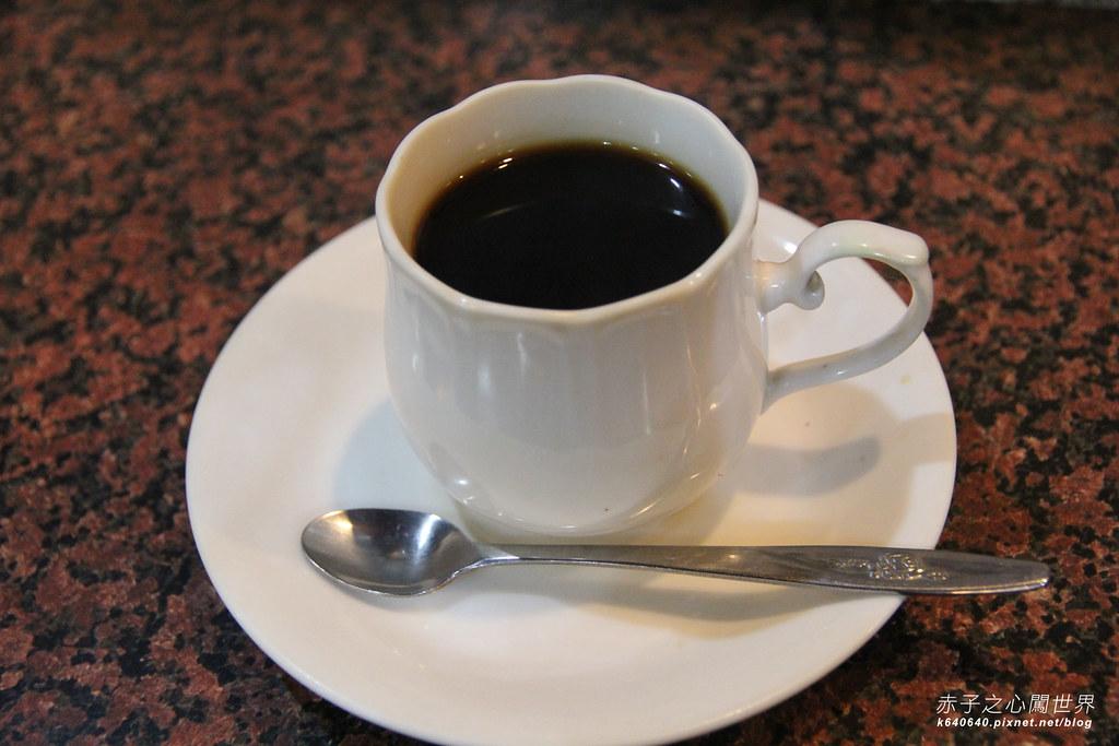 高雄鹽埕區小堤咖啡21