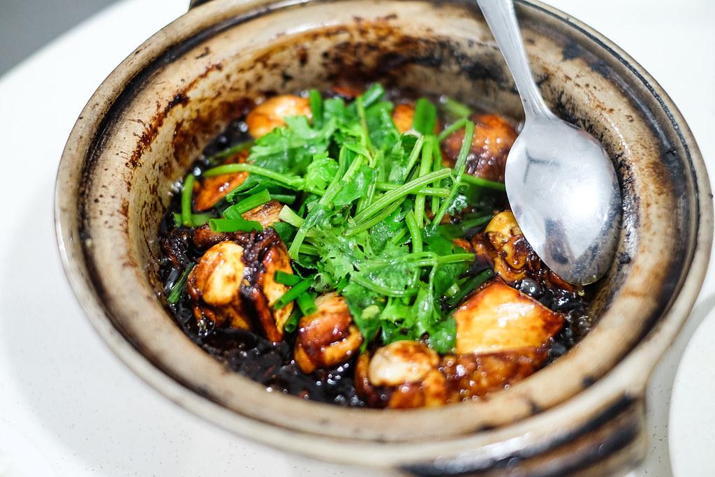 Klang (Jln Meru Lim Kee) Bak Kut Teh: claypot pork ribs