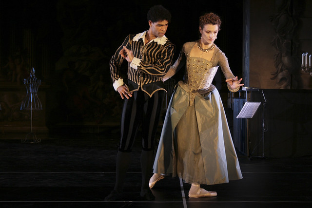 Carlos Acosta and Zenaida Yanowsky in Elizabeth, The Royal Ballet © Ilaria Martello