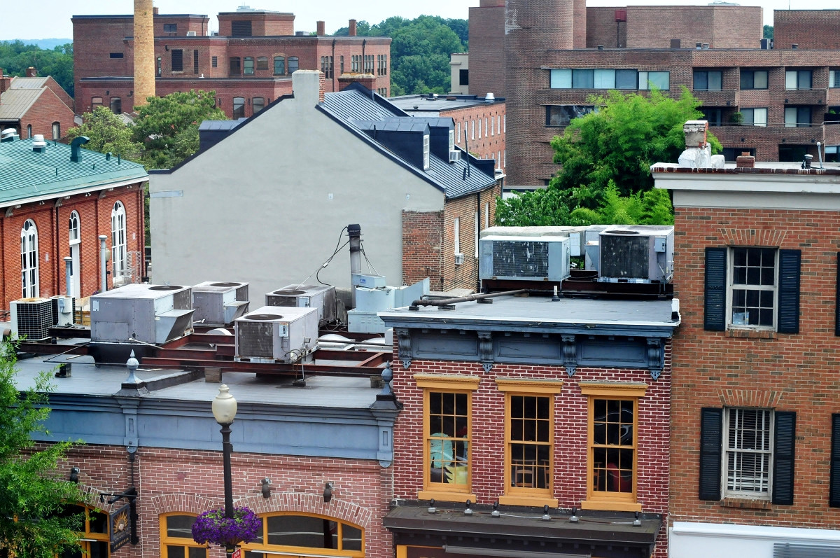 Air conditioning systems on rooftops in Washington. Credit Ralf Roletschek