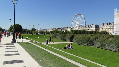 Paris Jardin des Tuileries Aug 15 2