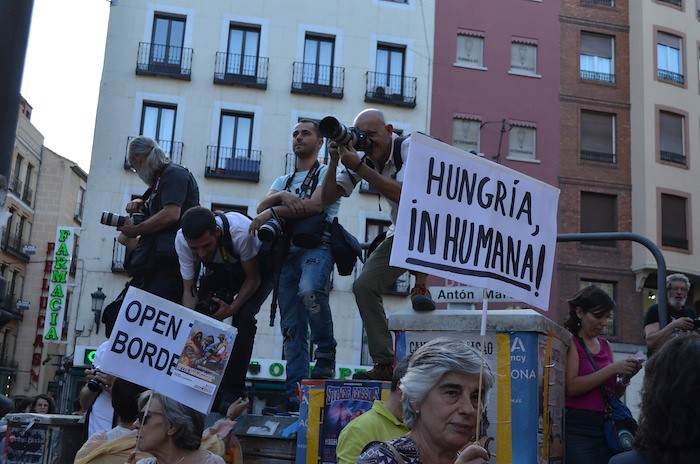 Mani REFUGIADOS SIRIOS E INMIGRANTES_20150912_0046
