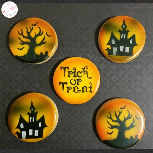 Halloween and Fall related cookies