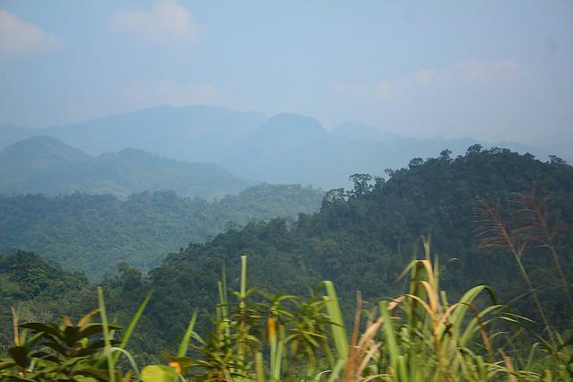 On the way from Mai Chau to Moc Chau