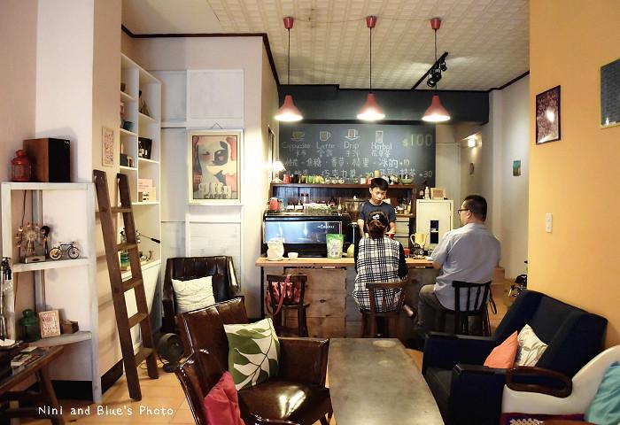 台中沒有名字的咖啡館04