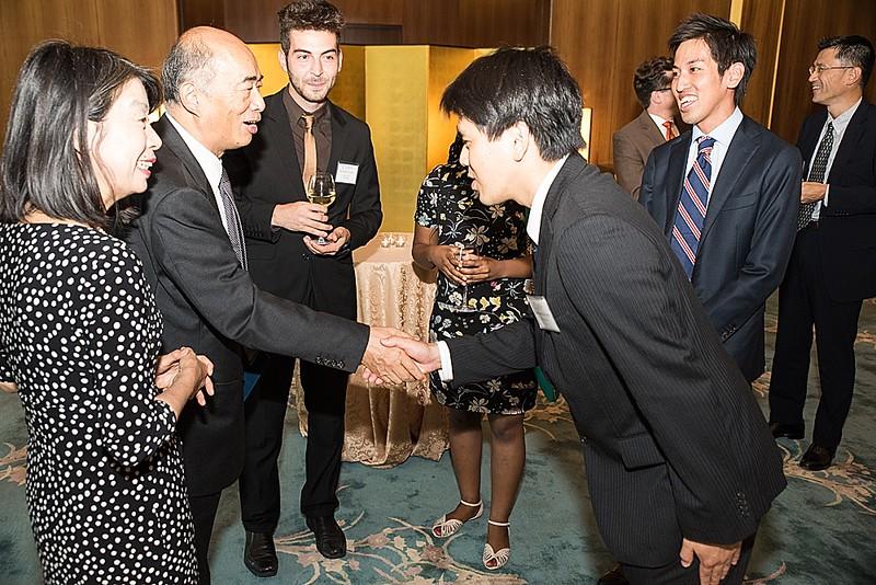 Ambassador Kenichiro Sasae and Nobuko Sasae meeting ISH-DC Residents