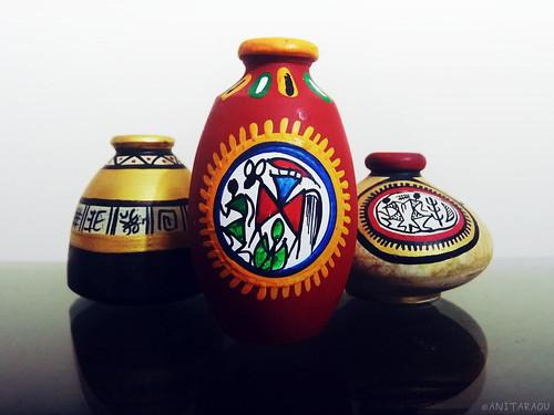 Trio of tiny pots