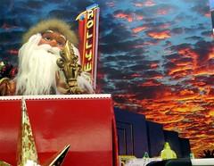 Santa already knew that #HOLLYWOOD was naughty.
