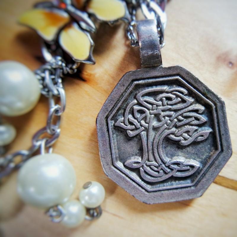 The Butterfly Tree-of-life Bracelet (BT-O-L) 3