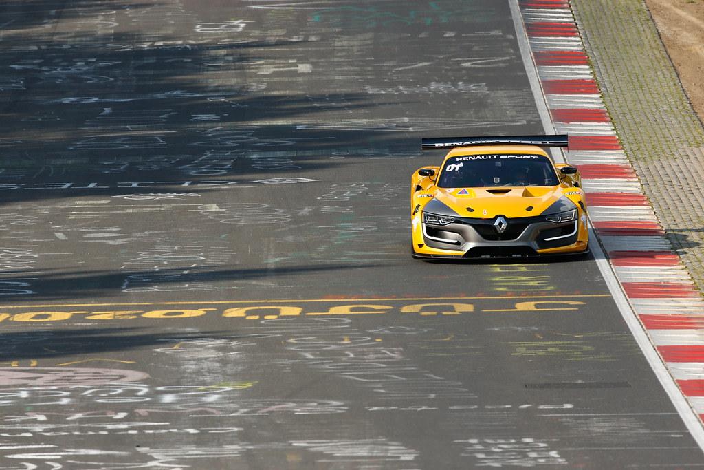 Video: Renault Sport R.S. 01 auf der Nordschleife ...