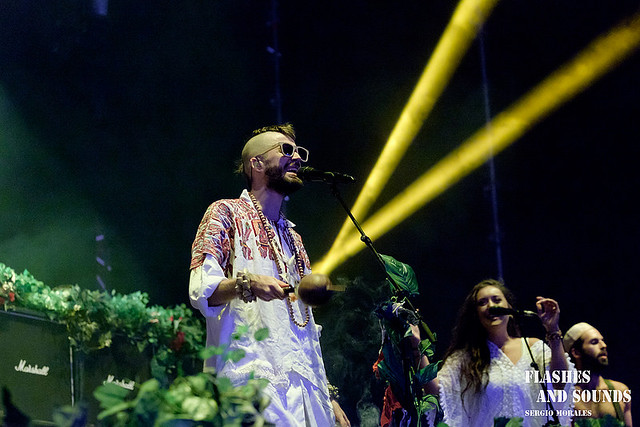 15 Crystal Fighters_2