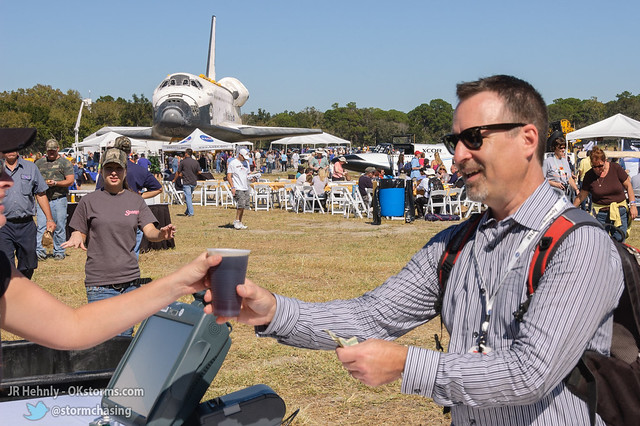 Fri, 11/02/2012 - 13:36 - Tweeting space shuttle pictures can really make a person thirsty! Thankfully, there were beverage vendors on hand to help. - November 02, 2012 1:36:01 PM - , (28.5130,-80.6748)
