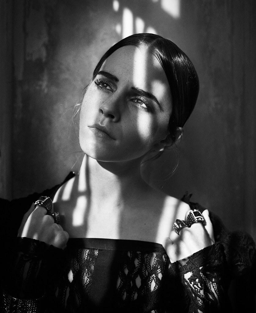 Эмма Уотсон — Фотосессия для «Vogue» IT 2015 – 9