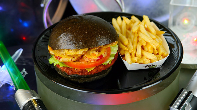 Star Wars First-Order-Specialty-Burger