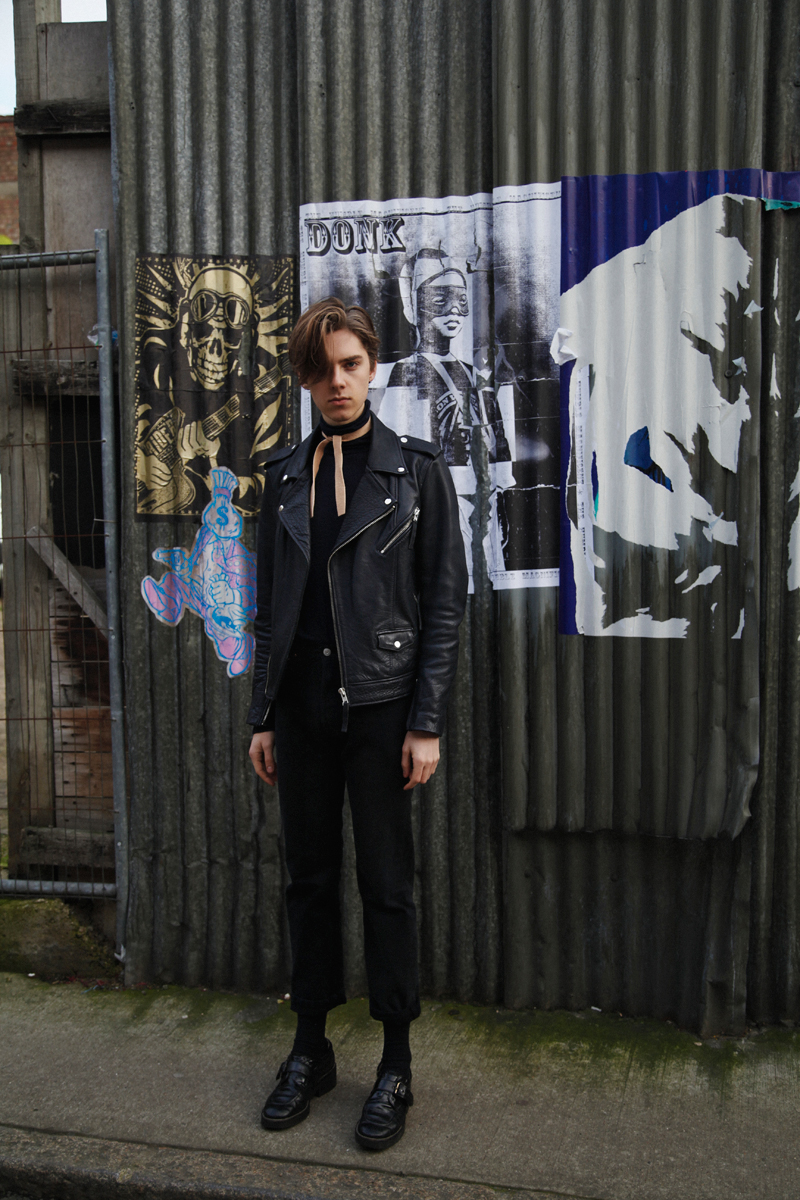 Mikkoputtonen_fashionblogger_london_streetstyle_H&MTrend_rafsimons_levis_outfit_style8_web
