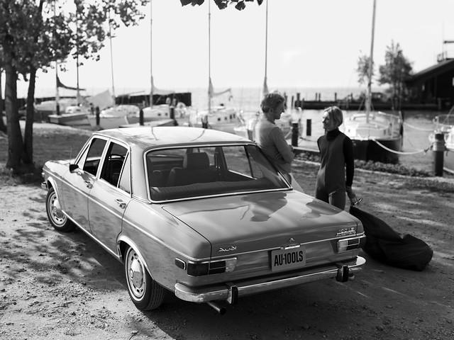 Седан Audi 100 LS C1 для рынка США. 1968 – 1973 годы