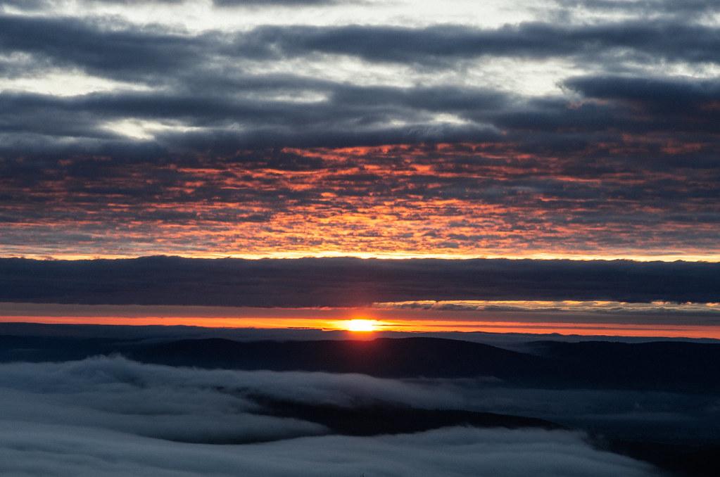 Lever de soleil sur le Mont Beuvray