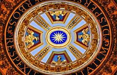 [2013-08-02] St. Peter's basilica | Interior