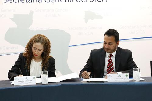 Proyecto Mesoamérica y Secretaría Ejecutiva del COSEFIN firman acuerdo de entendimiento
