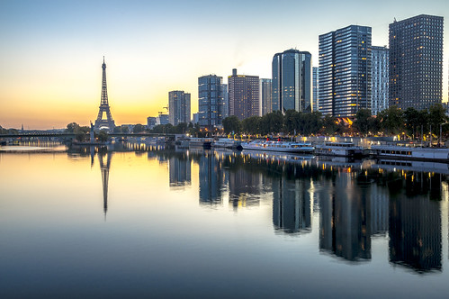 Paris from Le Pont Mirabeau, early morning