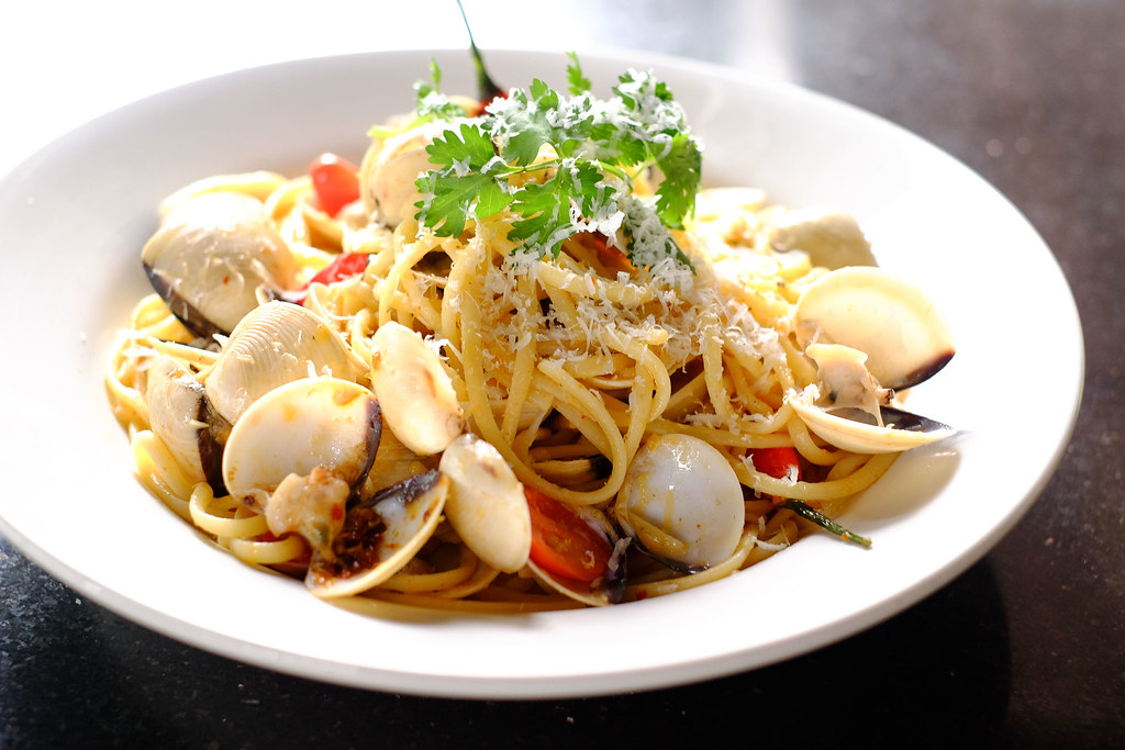 Ultimate Upper Thomson Food Guide: badoque vongole