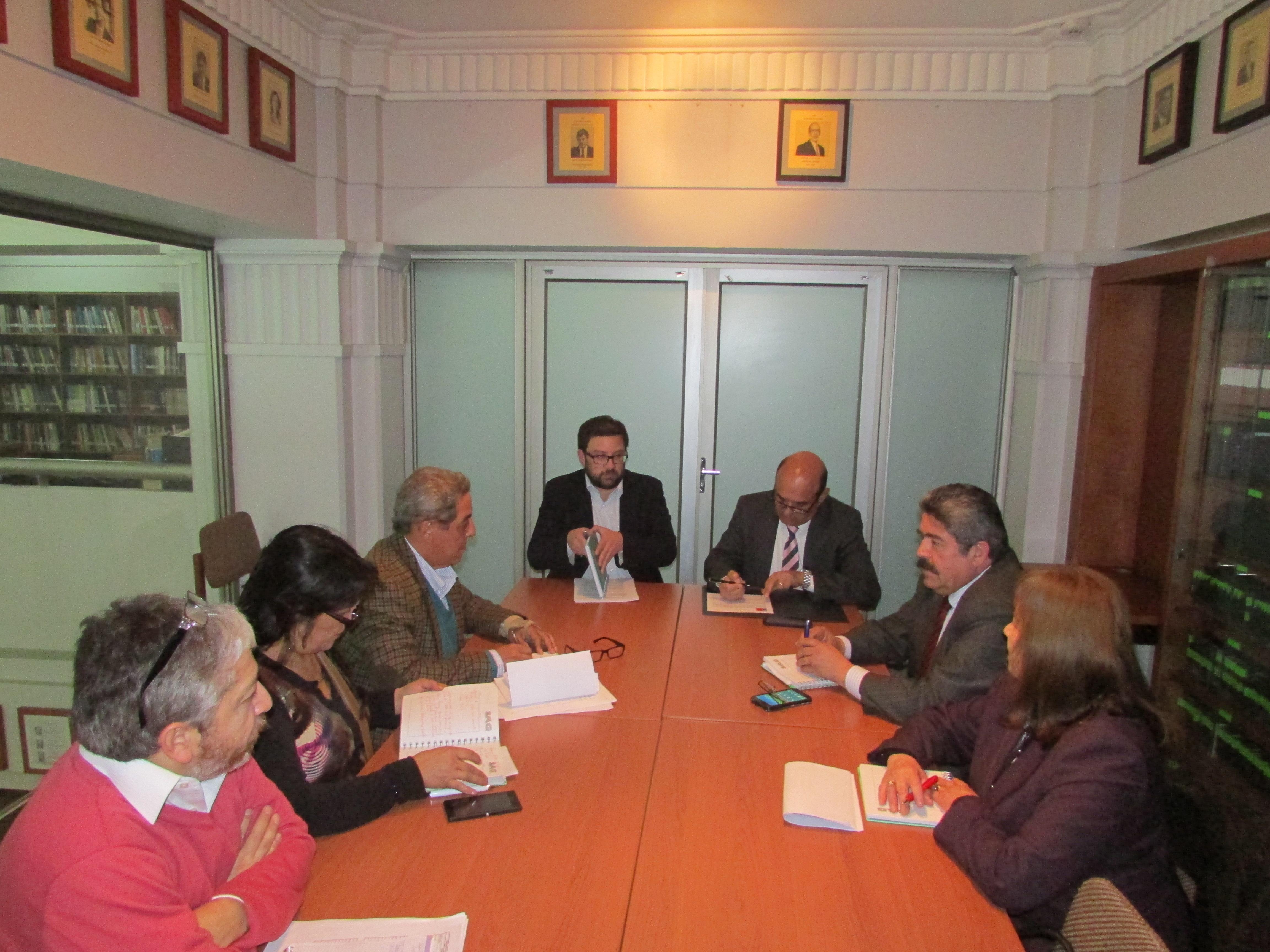 Reunión con Dipres por mantención de los grados pisos de ingreso al SAG establecido en la Política de las Personas - 16 Octubre 2015