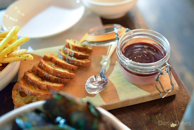 Foie de Volaille chicken liver mousse, port gelée