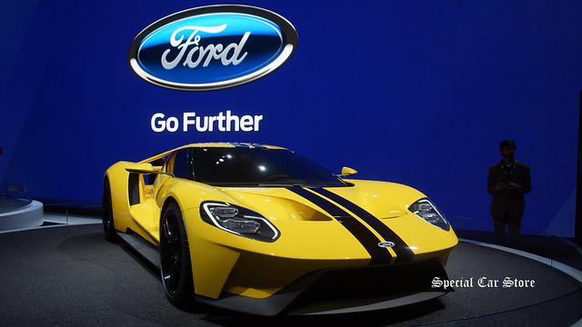 Ford GT at LA Auto Show 2015