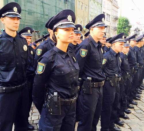 Поліція шукає тренерів для новобранців