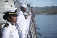 Ensign Christa Ratcliff and other Sailors man the rails as USS Michael Murphy (DDG 112) arrives in Suva for a port visit, Jan. 27. (U.S. Navy/MC3 Danny Kelley)
