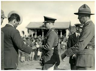 Prince of Wales with Māori serviceman, Rotorua, Royal Tour 1920
