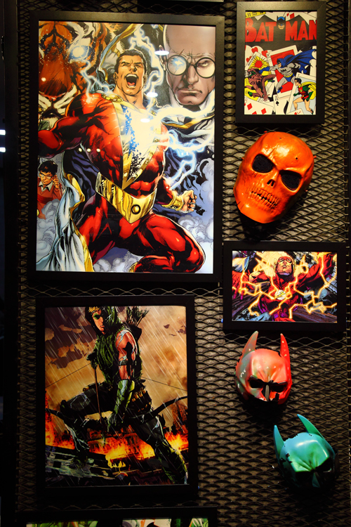 DC-Super-Heroes-Posters-and-Masks