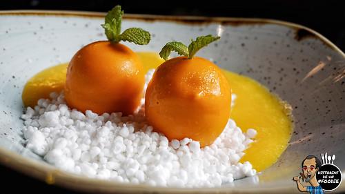 Falsa mandarina y coco helado