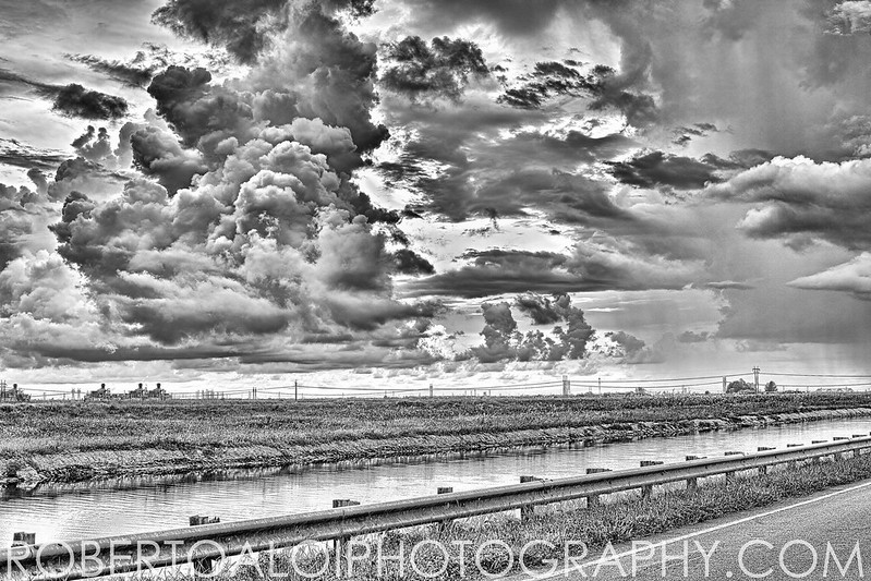 Storms Rolling in - Not an HDR