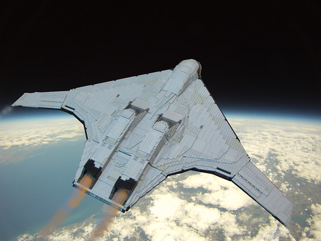 B-5 MANTA Rear View In Flight