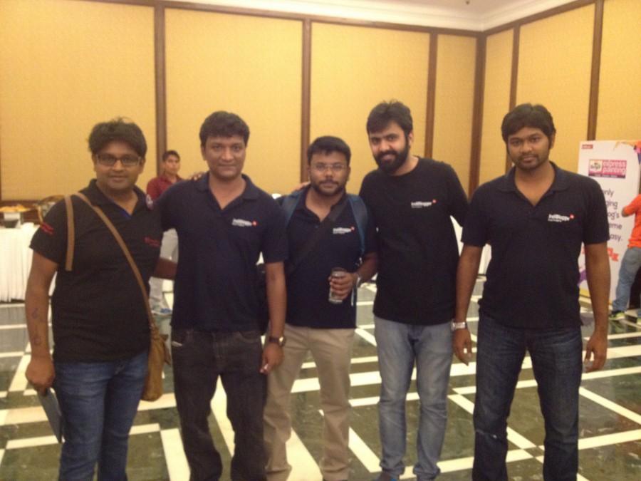 Indrajit Das with Indiblogger Team - Berger Express Painting IndiBlogger Meet 2015 at The Oberoi Grand, Kolkata