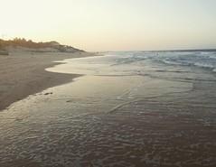 Quando ele se vai... #canoaquebrada #sunset #sol #mar #amar #maresia #BlogAuroradeCinemaviagens #auroradecinema
