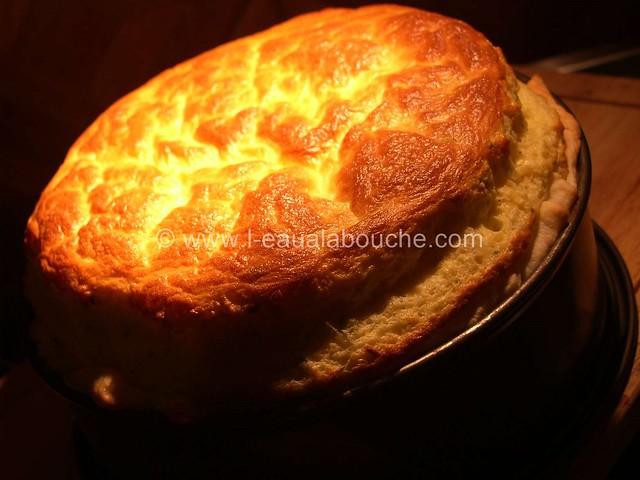 Soufflé au Fromage en Croûte Feuilletée © Ana Luthi Tous droits réservés 004